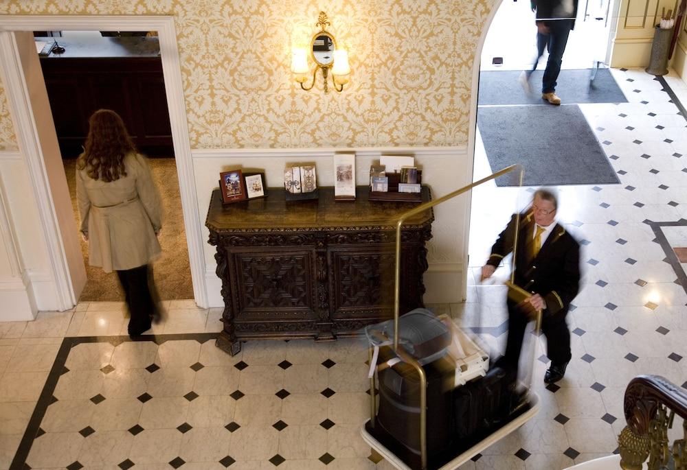 ピーターシャム ホテル