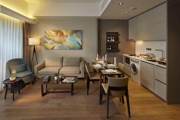 I'M HOTEL Living Room