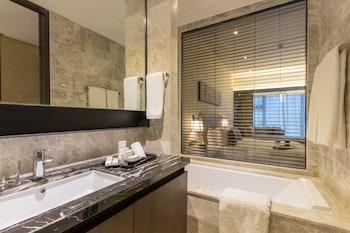 I'M HOTEL Bathroom