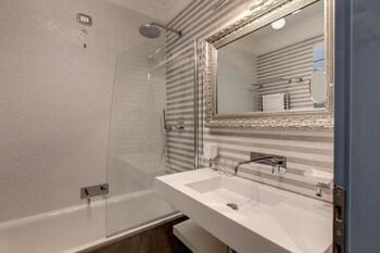 Parlamento Boutique Hotel - Bathroom  - #0