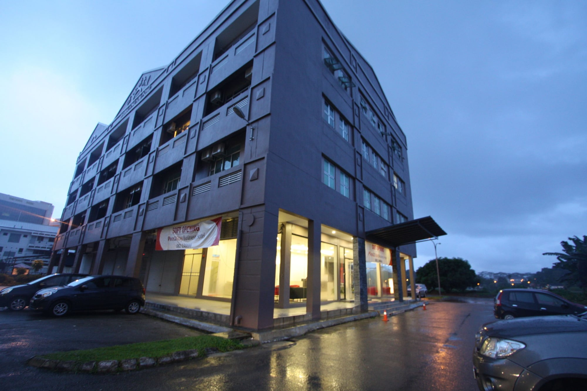 Place2Stay Business Hotel - Waterfront, Kuching