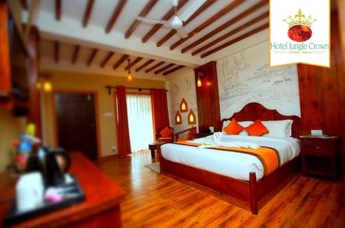 __{offers.Best_flights}__ Hotel Jungle Crown
