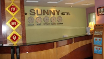Sunny Hotel - Featured Image  - #0
