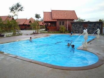 薩裡納大飯店