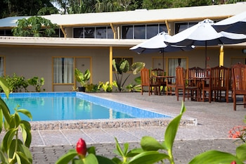 Huon Gulf Hotel & Apartments - Featured Image