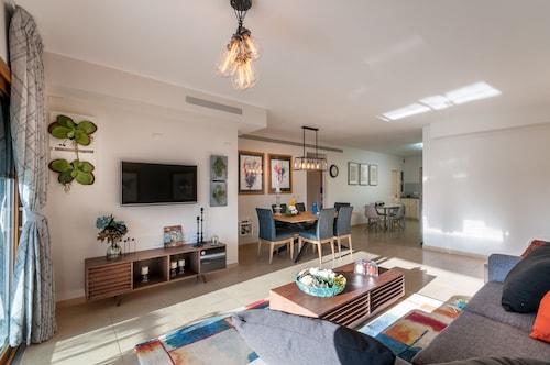 Sweet Inn Apartments - King David Street with Pool, Jerusalem