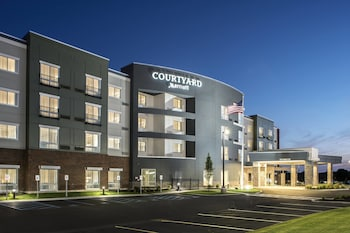 Courtyard by Marriott Albany Clifton Park photo