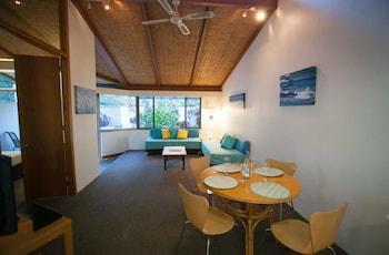. Sea Urchin Apartment