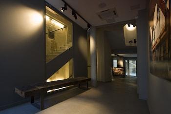 Hotel Jules & Jim - Interior Entrance  - #0