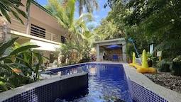 Hotel La Posada and Jungle