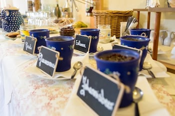 Romantik Hotel Zum Lindengarten - Breakfast Area  - #0