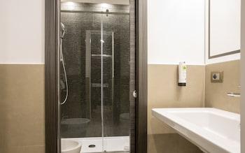 Smooth Hotel Rome Termini - Bathroom  - #0