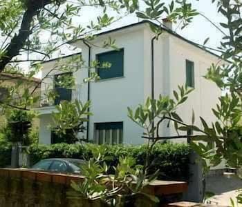 Hotel - B&B Lucca Porta S. Anna