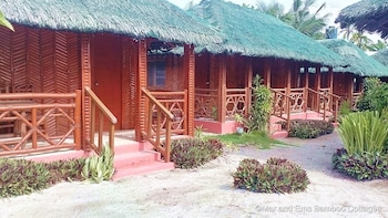 MAR AND EM'S BAMBOO COTTAGES