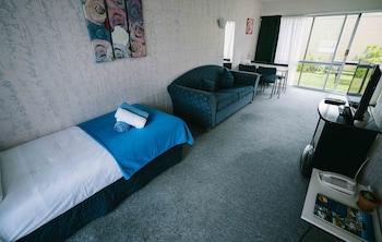 Roselands Motel - Guestroom  - #0
