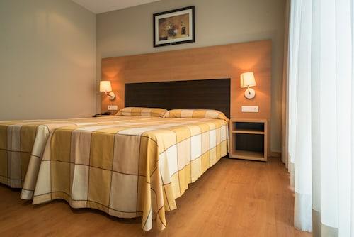 Hotel MS Boiro, A Coruña