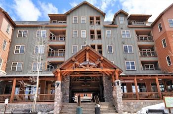 布法羅旅館 3 床 3 衛 Buffalo Lodge 3 Bed 3 Bath