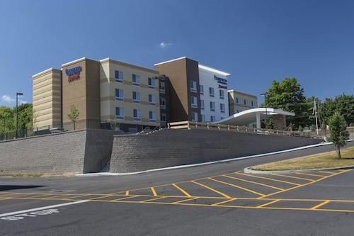 . Fairfield Inn & Suites by Marriott Geneva Finger Lakes