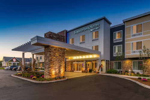 . Fairfield by Marriott Inn & Suites Plymouth White Mountains