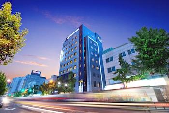 GNB ホテル