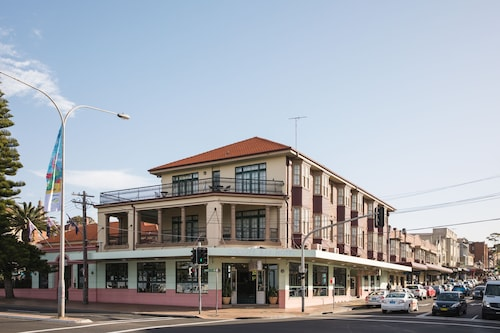 Coogee Bay Hotel Pub Style, Randwick