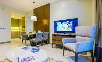 SOMERSET ALABANG MANILA Living Room