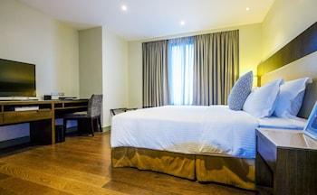 SOMERSET ALABANG MANILA Room