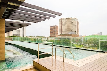 SOMERSET ALABANG MANILA Outdoor Pool