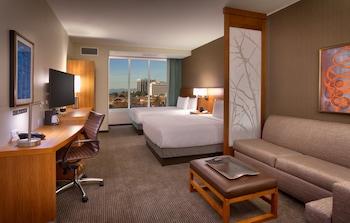 Room, Multiple Beds (Upper Floor 2 Queen Beds, 1 Sofa Bed)