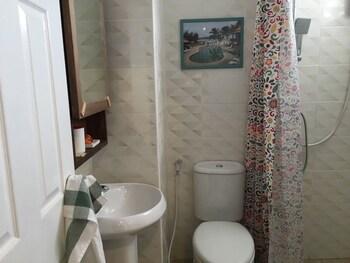 Buritara Resort On Nut Bangkok - Bathroom  - #0