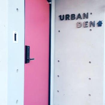 Urban Den