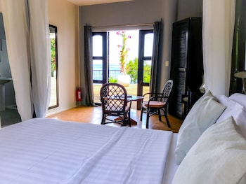 GRANADA BEACH RESORT - ADULTS ONLY Room