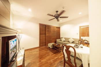 Baan Montida Serviced Apartment - Living Room  - #0