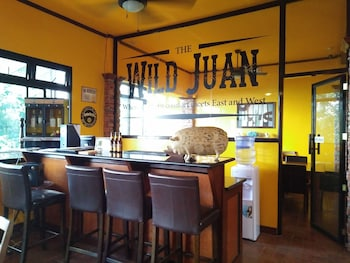 THE WILD JUAN BED AND BREAKFAST Bar