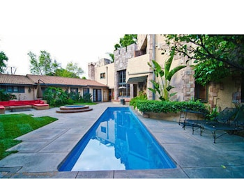 Private 4BD Chandler