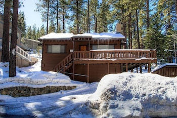 Walk to it All from Tahoe Home 4 Br home by RedAwning