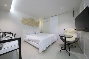 Avenue Hotel - Guestroom  - #0