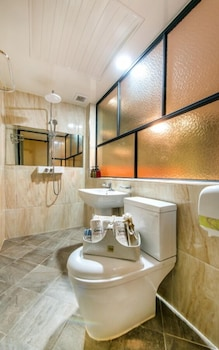 Some Hotel - Bathroom  - #0