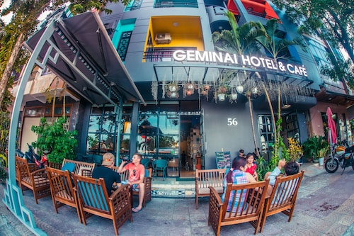 Geminai Hotel & Cafe, Đồng Hới