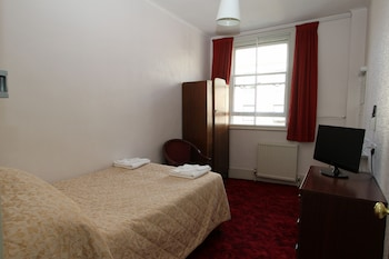 Double Room, Shared Bathroom (4ft bed)