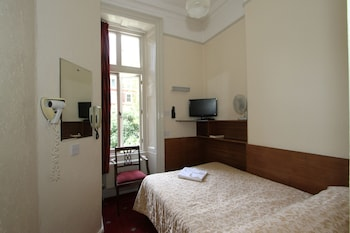 Double Room, Ensuite (Small - 4ft bed)