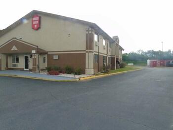 Americas Express Inn - Exterior  - #0