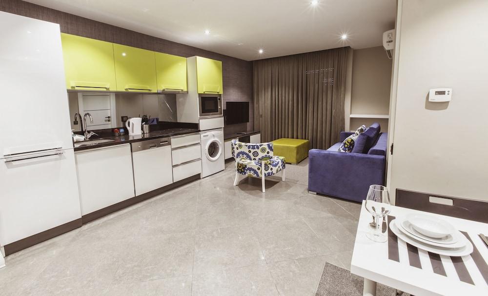 Hotel BMK Suites & Apartments