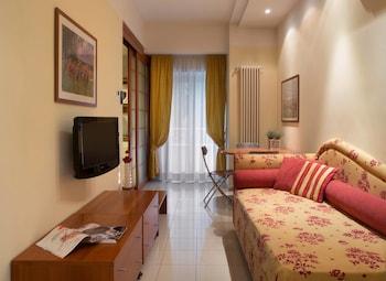 Hotel Mon Cheri - Living Area  - #0