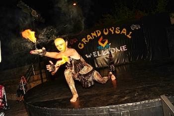 Grand Uysal