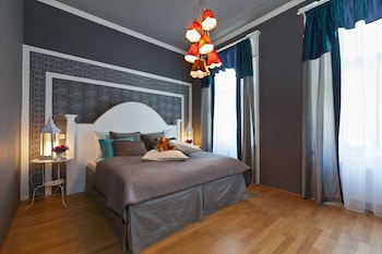 Superior Studio, 2 Bedrooms (Family 4 Adults)