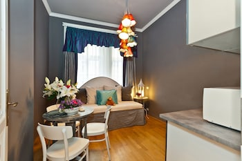 Standard Studio, 1 Bedroom (Family 3 Adults)