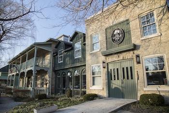 Hotel - The Little Inn of Bayfield