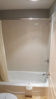 Humboldt Redwood Inn Fortuna - Bathroom  - #0
