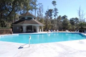 3410 Carolina Place 3 Br villa by RedAwning